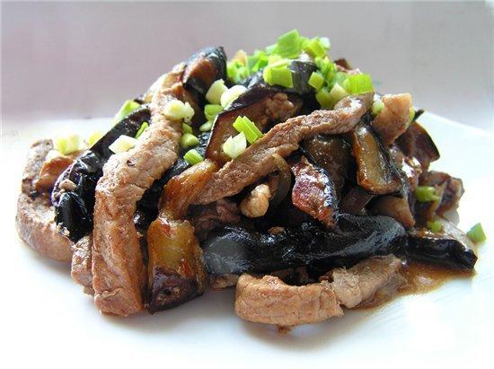 салат из жареной говядины с ореховой заправкой | Рецепты ... | 411x550